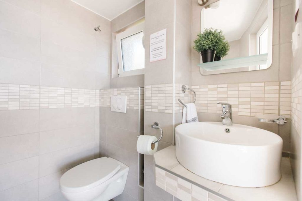 Apartment-bathroom-4-Villa-santa-vita