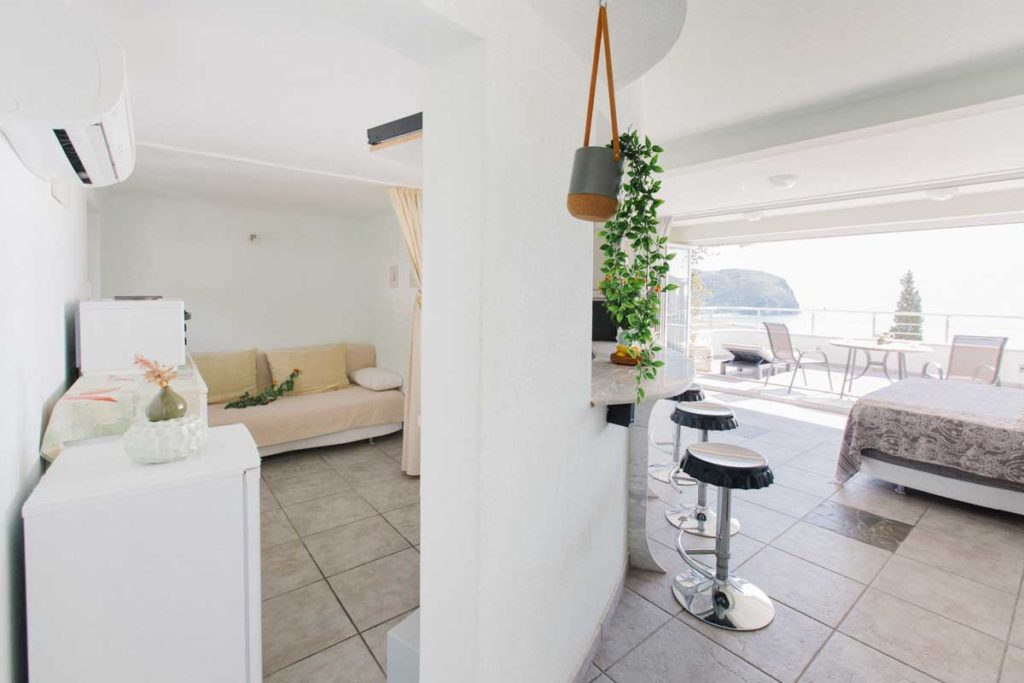 Apartment-4-kitchen-mahakala-center