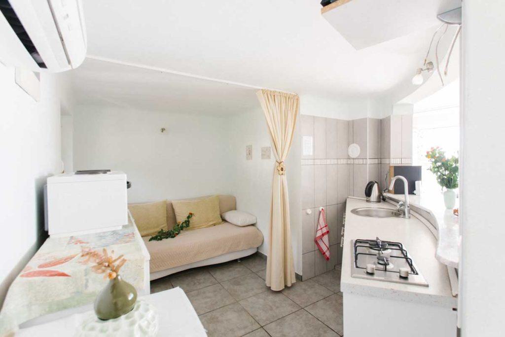 Apartment-4-kitchen-villa-santa-vita