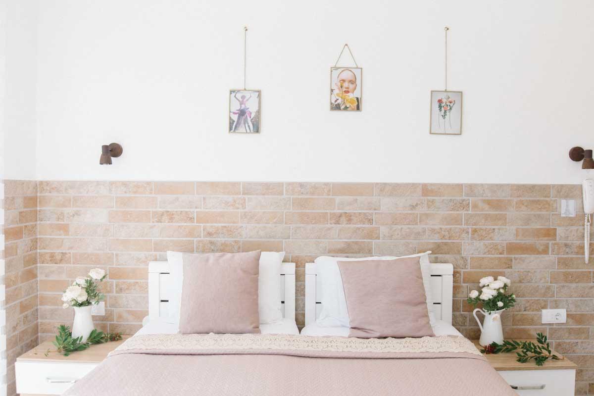 Room-3-bed-mahakala-center