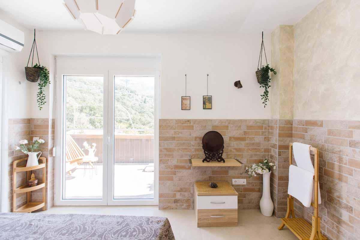 Room-6-decoration-mahakala-center