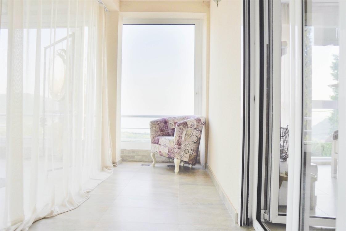 Room-3-outdoor
